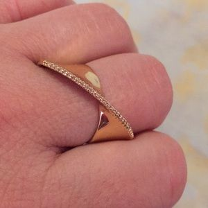 Very cute ring size 8